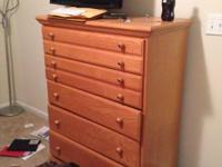 Hey! I'm selling my dresser. I bought it utilized 3