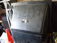 """Sony 50 """"TV this is a great tv good pic and is on"""