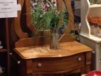 Pulaski Keepsake New And Used Furniture For Sale In The Usa Buy