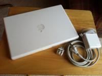 "Apple Macbook- 13"" Laptop- 2008 ModelIntel Core 2 Duo"