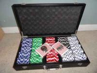 500 chip professional set. Comes with a case, two
