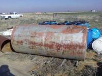 500 Gallon Fuel Tank for sale. $175.00 or best offer!