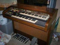 Yes, I used to play this beautiful organ but no longer