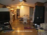 2 bdrm / 2 bth - 1993 Redmond mobile residence located