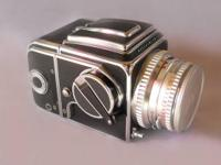 I am selling a 500C Hasselblad Camera with Zeiss
