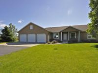 Conveniently located near Rochester, w/the privacy of