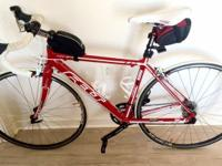Red and white Felt F85 road bike Excellent condition,