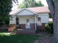 Du Quoin IL Single Family Home Available For