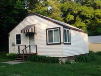 July/August Special-- 3 Lake Erie Lakefront Cottages, 2