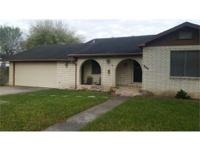 NICE 3BDR/2BA home on oversized corner lot, bonus room,