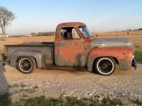 1954 F-100 Custom Engine: 302 Transmission: C-6,