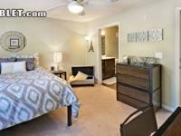 Sublet.com Listing ID 2539419. The apartment complex is