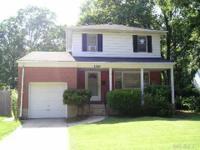 1310 Whittier Ave Merrick, NY 11566 Residential,