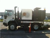 2000 Sterling SC8000, Excellent sweeper truck with