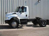 2008 I-H 4400 single axle tractor. Mileage is 61,591.