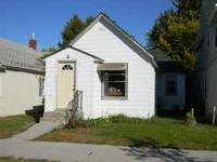 Well kept two bedroom home in south Brainerd with a one