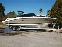 2006 Sea Ray 270 SELECT This 2006 Sea Ray 270 SLX is in