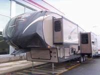 2013 COACHMEN CHAPARRAL 32' , AUTUMN/FALL RIVER, Hitch
