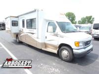 This 2007 Winnebago Aspect has a very cool floor plan.