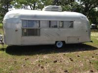 1957 Airstream Caravanner, 13 panel with rear double