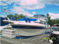 38 Ft Chris-Craft with many updates including beautiful