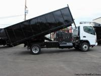 #5825:  This 2004 Mitsubishi Fuso 16 ft. flatbed