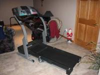 PRO-FORM 585s Treadmill, has built-in programs, heart