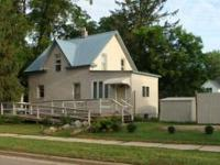 For Sale by Owner: 2 bedroom 1 bath home on 3 lots! In