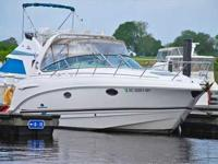 2005 Chaparral 290 SIGNATURE Low Hours!!!Lots of space
