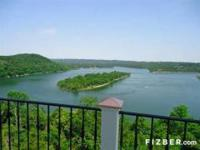 SPECTACULAR 180 degree LAKEVIEWS FROM THIS BEAUTIFUL