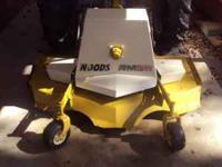 WOODS RM59 5FT. FINISH MOWER FOR TRACTOR 3PT. HOOKUP,