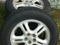 selling a set of rims off a 99 Chrysler sebring. 16