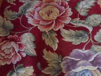 Beautiful Floral Rug with large mulit-colored flowers