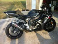 2006 Suzuki GSXR 600...8000mis,never seen rain.Mint
