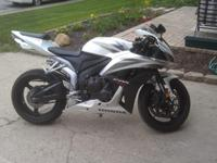 2007 Honda CBR600RR. EXCELLENT Condition. 8000 mi (Far