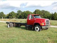 1996 Ford F Series Medium Duty Truck GVWR 30,280 Front