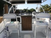 Selling my 256 Dusky. The boat comes as seen in the