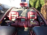 1998 Triton TR-19DC 175 horsepower Evinrude fichtsingle