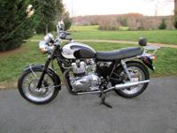 Here is my 2007 Triumph Bonneville T100 carburated
