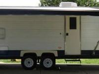 Asking $6800.00 Or Best Offer 2006 Coachmen 30' Travel