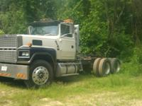 1985 Ford LTL9000 Truck runs and drive great. Drove