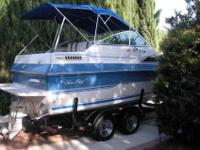 This is a 1989 Sea Ray mid cabin, sleeps 4, has sink,