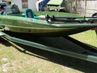 Here we have a nice 1985 hydra sport bass boat for sale