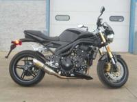 2007 TRIUMPH SPEED TRIPLE, Jet Black,
