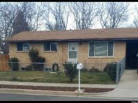 Price reduction*remodeled basement*updated kitchen and