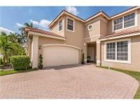 Beautiful 2 story, screened pool, 6 bedroom, 3 bath +