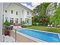 Spectacular 4.084 sq ft custom 6 bed, 5 1/2 bath home,