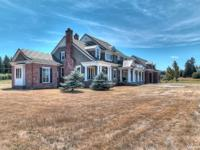 Elegant estate home on 8.1 acres in Flying H airpark