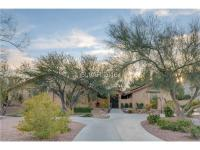 Stunning family home on 1+acre with sweeping Las Vegas
