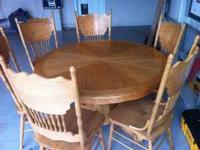 6 chair dining room table. The furniture is made of